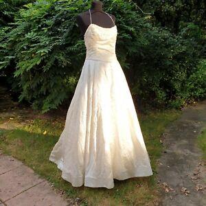 Vera Wang Loveheart Sequin Halterneck Wedding Dress Size 10