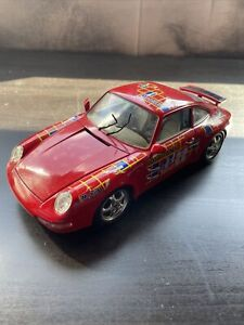 BURAGO 1/18 PORSCHE 911 CARRERA 1993 #22 DAMAGED