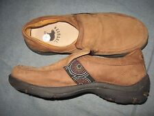 MENS 8 M WARMBAT AUSTRALIAN SLIP ON LOAFER BROWN LEATHER COMFORT CASUAL SHOES