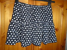 1 Cute black and white short summer flirty skirt, FOREVER 21, M, size 10-12