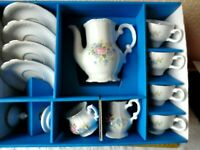 Altes Kahla Porzellan Kinderservices im Karton Roehler Collection für 4 Kinder