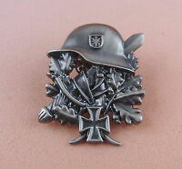 Pin HELM und EICHENLAUB Soldat Krieg EK Militaria - 106