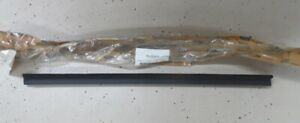 NOS 1997 - 2002 Ford Lincoln Navigator Expedition RF door w/s F85Z-7821456AA