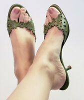 Coach Women's Clarissa Green Leather Heels Mules Slide Sandals! Size Size 8.5