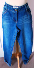 Cotton Blend Distressed Regular Size Jeans for Women