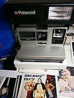 Polaroid Sun 600 LMS  RARE AS N E W**Film BOX MANUAL inclusive* ready to shoot*0