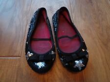 TOTAL GIRL girl's sz 12 black slip on flat shoes w/shiny star pattern & bow GUC