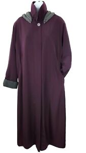 Misty Harbor Size 16 Plum Removable Hood - Lining Long Rain Trench  Coat