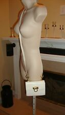 STYLISH $699 SALVATORE FERRAGAMO IVORY LEATHER SHOULDER HANDBAG