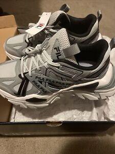 shoes women Size 5.5 Fila Electrove 2
