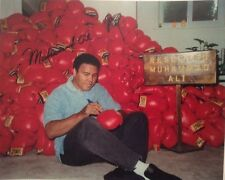 """Muhammad Ali 8""""x10"""" Signed Photo """"Signing Gloves"""" Glossy Reprint Copy"""