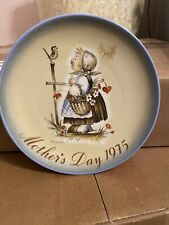Sister Berta Hummel Mother's Day 1975 Plate Limited Edition