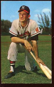 1961 Milwaukee Braves Postcard Joe Adcock Kneeling 2 Bats Autographed Hologram