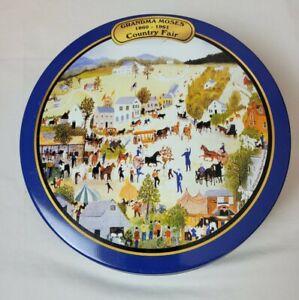 Grandma Moses 1860-1961Country Fair Tin Collectable