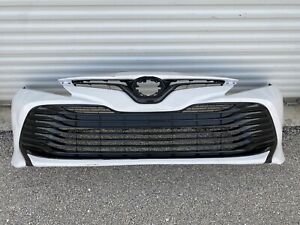 2018 2019 2020 2021 TOYOTA CAMRY FRONT BUMPER COVER W/ UPPER & LOWER GRILLE USED