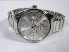 Geschäftsauflösung - Esprit - Silberfb. Armbanduhr m. Metallb.(Q) neuw. US83
