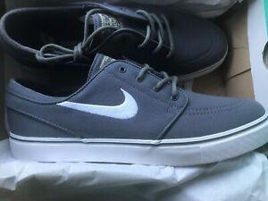 Nike Mens SB Zoom Air Stefan Janoski Canvas Dark Grey/White US 9.5 UK 8.5 EUR 43