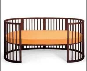 Stokke Sleepi Crib plus Junior extension