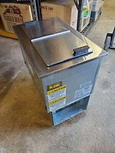 Delfield Manitowoc N225P Drop In /Reach IN freezer