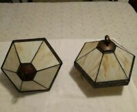 VINTAGE COLLECTIBLE SLAG GLASS TWO LIGHT BRASS SCONCE LIGHTING PORCH LAMP USED