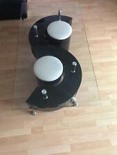 Table en basse noire et blanche / verre