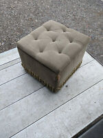 Buttoned storage footstool for refurbishment LB170520H