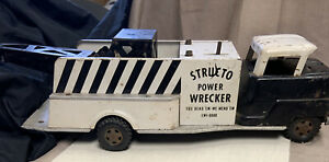 Vintage Structo Power Wrecker Truck, Pressed Steel, Tow, Battery Operated