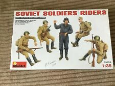 MiniArt 1:35 Soviet Soldiers Tank Riders