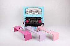 BLUE/PINK OLIVETTI LETTERA 25 - Portable working typewriter