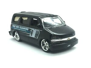 Jada Dub City 2001 01 Chevrolet Chevy Astro Van Black Dry Cleaning Die Cast 1/64