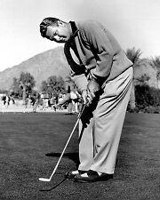 Jimmy Demaret putting - 1940, 1947, 1950 Masters champ
