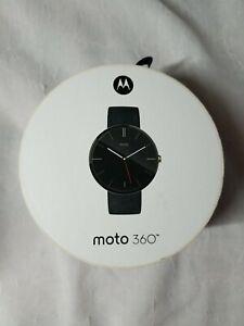 Motorola Moto 360 Smart Watch 1st Gen Black Leather Strap Excellent Condition