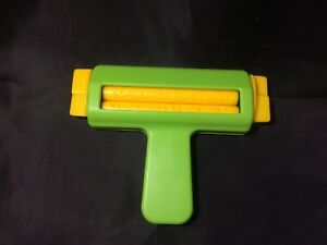 Lace Paper Crimper Hand Held Embossing Tool / Machine - Craft - Hobby