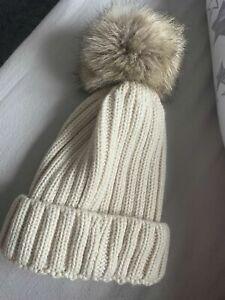 Womens bobble  Hat