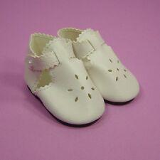 Chaussure blanche 9,50cm pour poupée ancienne moderne vintage. Doll shoes