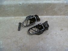 Yamaha 125 YZ125 YZ 125 Used Front Footpegs Set 1986 #YB4