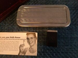 """Vintage Rolls Razor """"The Traveler"""" - Original Faux Leather Case and Papers"""