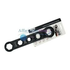 Chiave In Plastica Per Tappi Radiatori 17-32