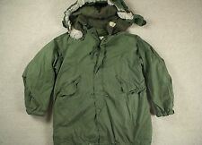 VTG '72 VIETNAM ERA US ARMY M-65 COLD WEATHER FISHTAIL PARKA W/ LINER MOD M/L