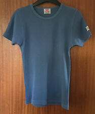Levi Strauss Ladies Light Blue Ribbed T Shirt, size Small