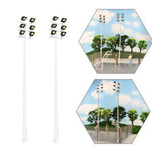 2pcs Model Railway HO Scale Plaza Lamppost 1:87 Playground Street Lights 6-leds