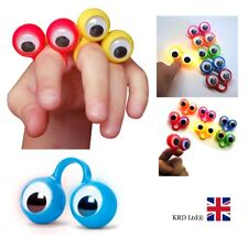 FLASHING FINGER SPIES Kids LED Googly Eyes Hand Puppets Party Bag Filler Game UK