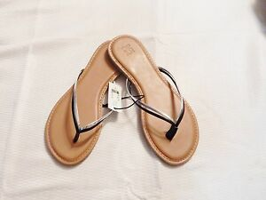 New York And Company  DOUBLE-STRAP FLIP-FLOP SANDAL BLACK/SILVER-SIZE 7  #5/19-Y
