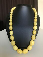 White/yellow Baltic Amber necklace beads (62 g.) 38E