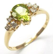 ELEGANT 10KT YELLOW GOLD PEAR CUT PERIDOT & DIAMOND RING SIZE 7   R1126