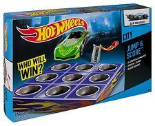 Mattel Hot Wheels Jump & Score HW City inkl 1 Auto Spielzeug Rennbahn