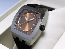 Davosa Men's cosmopolitan Swiss made quartz watch rectangular case rubber strap.
