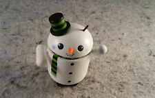 Android 2010 FLAKES Snowman Figurine Collectible Special Edition XMAS (C12B5)