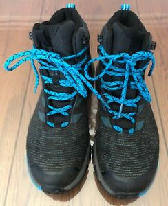 LADIES, THE NORTH FACE HIKING BOOTS, SIZE 6