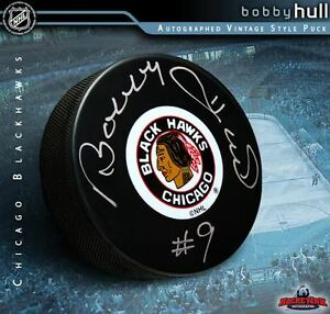 BOBBY HULL Signed Chicago Blackhawks Original Six Logo Puck